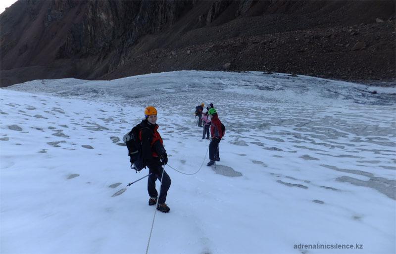 Ледник М.Маметовой