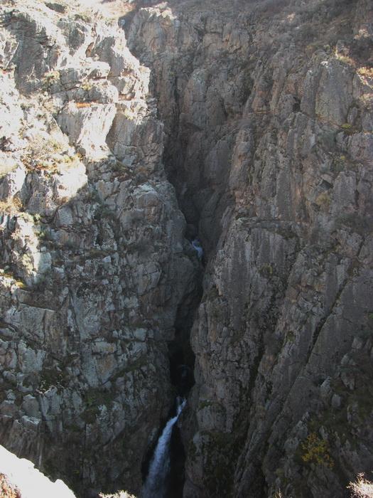 ущелье Фабричное, второй водопад