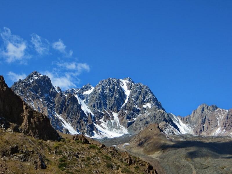 Пик Орджоникидзе 4410 м с Левого Талгара