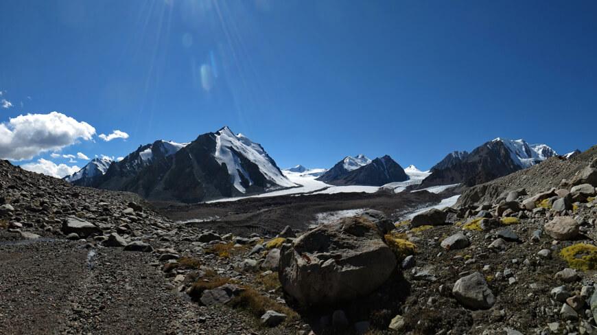 ледник Корженевского, Райская поляна