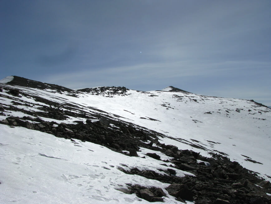 Гора Карнизная