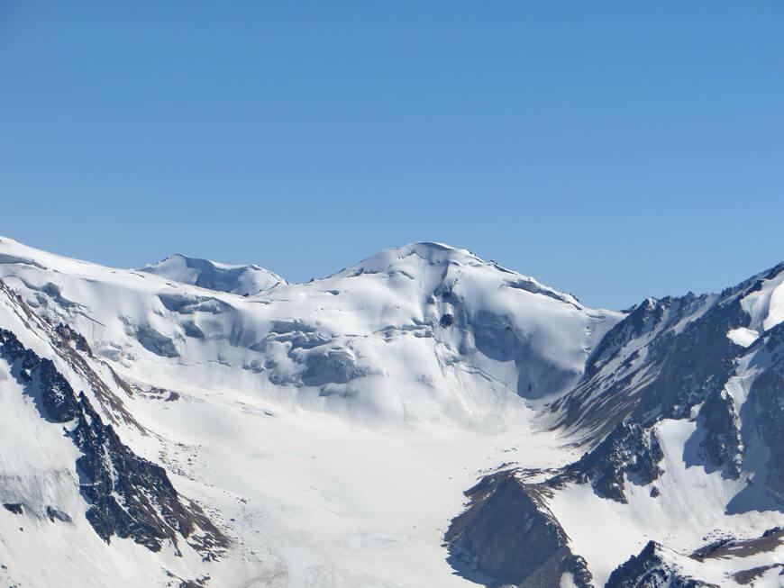 Пик Погребецкого, восхождения на вершины в Казахстане