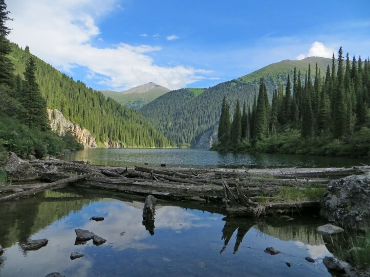 """Второе Кольсайское озеро, национальный парк """"Кольсайские озера"""""""