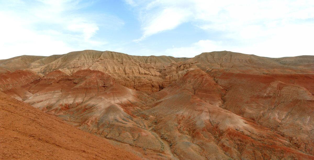 Красный обвал Ажыржар, горы Богуты