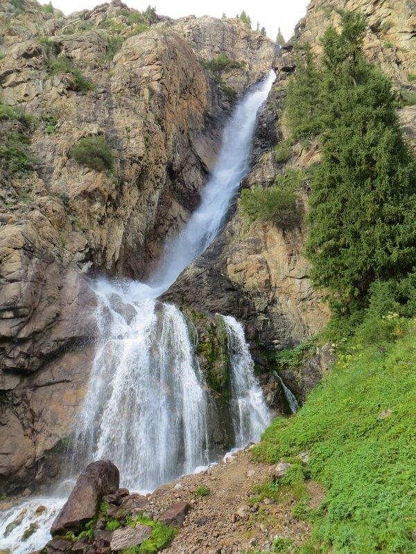 Джунгарский Алатау, водопад Бурхан-Булак