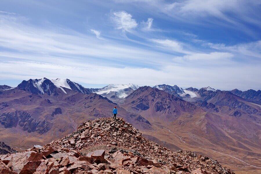 Самые западные пики Заилийского Алатау высотой 4000 м и выше