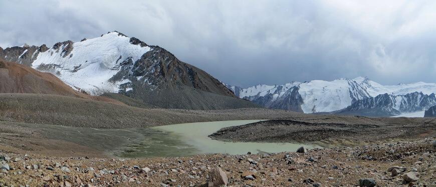 Ледник Уральцев