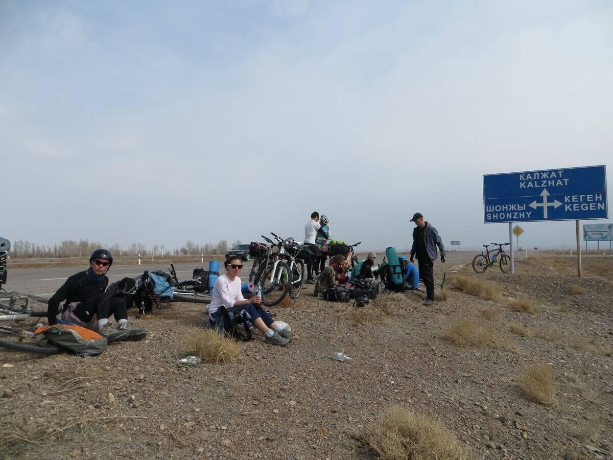 велопоход по каньонам Чарына
