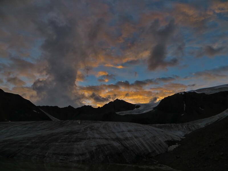 Ночевка под ледником Кошбулак
