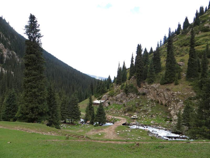 ущелье Жетиогуз, приток Телеты
