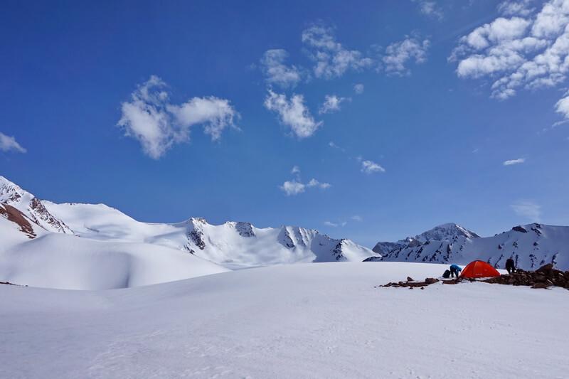 ледник Чимкентский, Угам