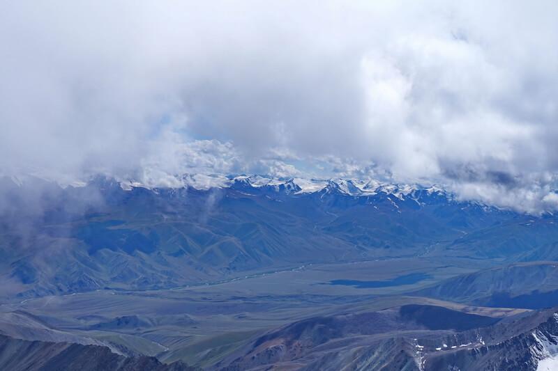 Вид на юг - долина Боротала (Китай)