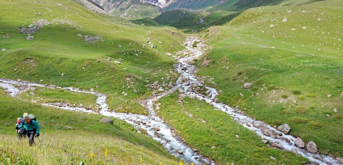 Каргалинское ущелье, Аксайское ущелье