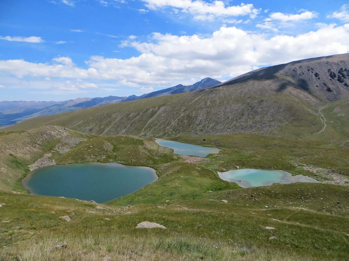 трекинг к озерам Тургеня