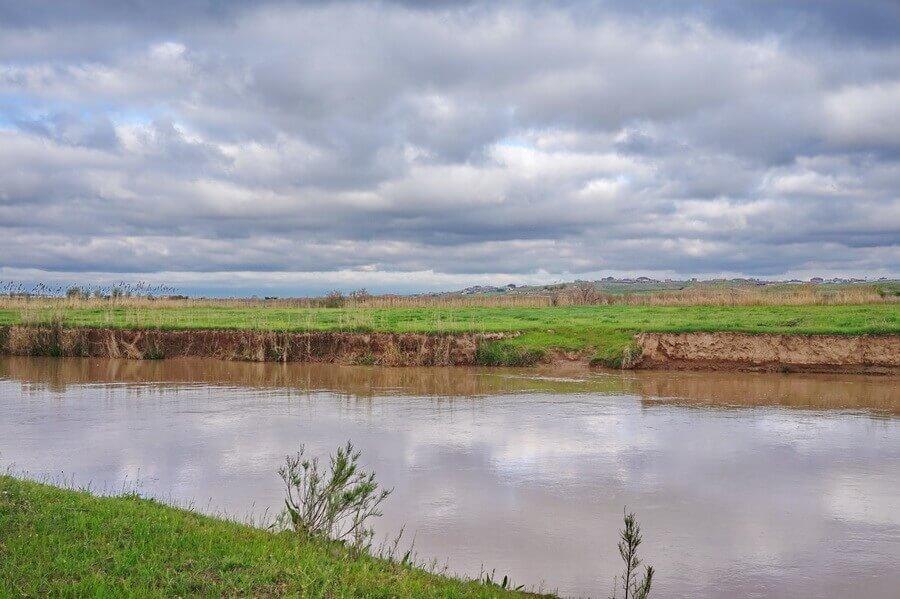 dolina-reka-keles