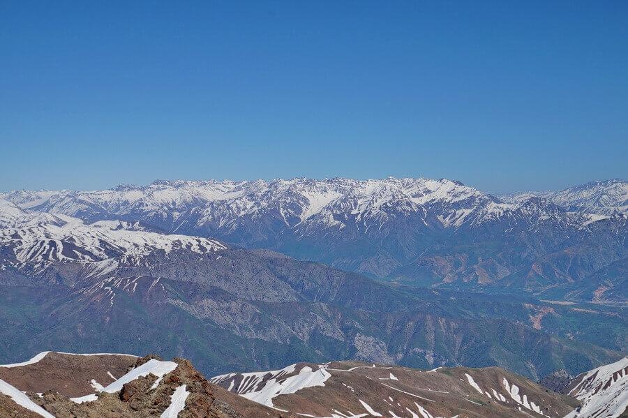 pik-Mynbulak, Pskem-dolina