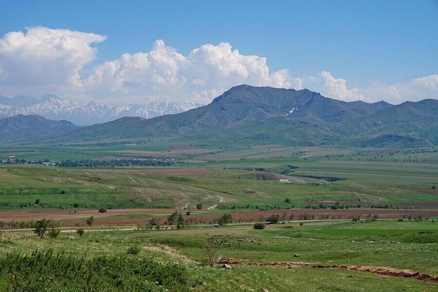 malyi-karatau-gora-bokeitau